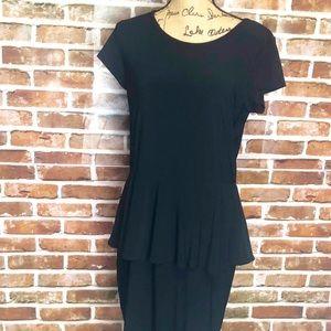 Elements Size M Black SS Midi Casual Dress